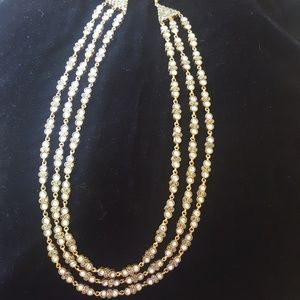 Jewelry - 3 strand necklace